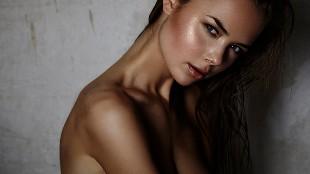 El topless m�s esperado de la modelo Jana Jung