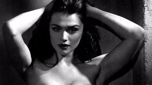 Rachel Weisz, la mujer que enamor� a James Bond, se desnuda