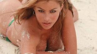 Filtran fotos de Sof�a Vergara en topless hace 20 a�os