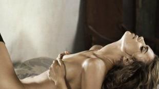 Irina Shayk, más sexy que nunca desnuda en la cama