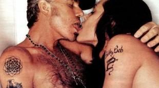 Angelina con Billy Bob Thornton y otras parejas que mantuvieron sexo en público
