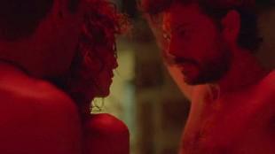 'El embarcadero', los tríos y desnudos más comentados