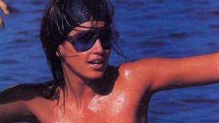 Cindy Crawford presume de cuerpazo a sus 53 años con esta foto en bikini
