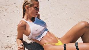 Jessica Goicoechea, problemas con la parte de arriba de su minibikini en alta mar