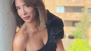 """María Patiño en """"estado natural"""" con un posado """"¡salvaje!"""" sin nada con 50 años"""