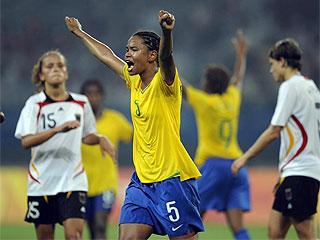 Las brasile�as celebraron el pase a la final. (FOTO: AFP)