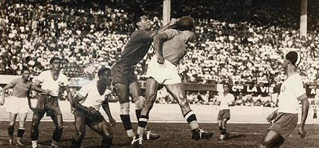 Partido de semifinales entre Brasil e Italia. Foto: FIFA.com