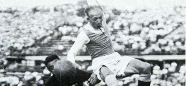 Matthias Sindelar, durante un partido.