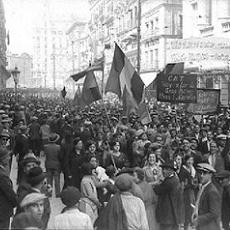 Imagen de Madrid el d�a de la proclamaci�n de la II Rep�blica.
