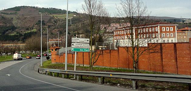 El cuartel en el que se produjo el atentado