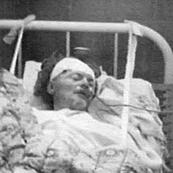 Trotsky, en su lecho de muerte (Museo Leon Trotsky)