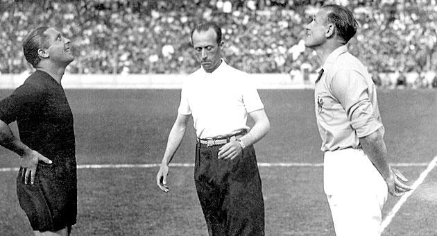 Mattler y Meazza, en el Mundial de 1938.
